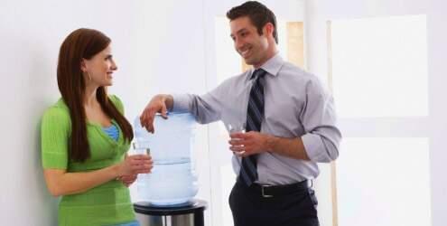 casal-conversando-trabalho-13609