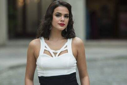 Beatriz ( Bruna Marquezine)