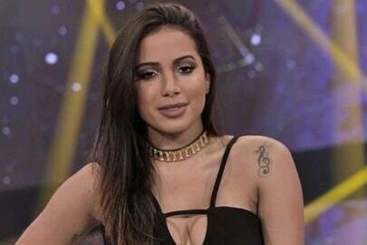 """""""Má vontade e mau humor"""": Fã grava vídeo e detona Anitta"""