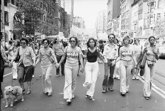 EUA-marcha-ny-feminista-19770827-ap-G
