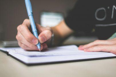 3 sites que podem te ajudar na escrita acadêmica