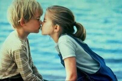 Afinal, por que beijamos de olhos fechados?