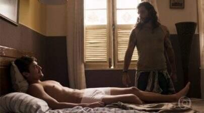 """Bruno Montaleone faz sucesso na web após cena de cueca branca em """"O Outro Lado do Paraíso"""""""