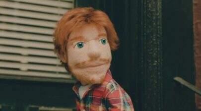 """Ed Sheeran vira marionete em clipe de """"Happier""""; vem ver"""
