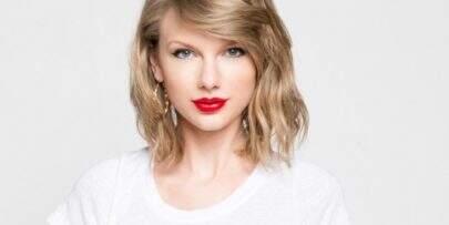 """Vem matar a saudades da Taylor Swift cantando country na música """"Babe"""""""