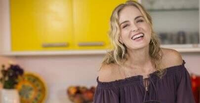 """Após 12 anos, Angélica se despede do programa """"Estrelas"""""""