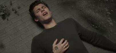 "Dá vontade de abraçar o Shawn Mendes no novo clipe dele, ""In My Blood"""