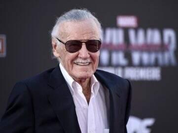 Stan Lee teve sangue 'roubado' para ser usado como tinta de caneta