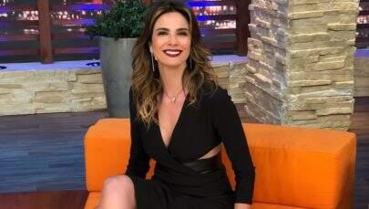 Luciana Gimenez faz temperatura subir com foto sexy postada na web