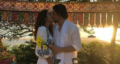 Bruno Gissoni e Yanna Lavigne se casam em cerimônia surpresa