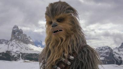 """Um filme sobre Chewbacca? O elenco de """"Han Solo"""" quer que seja feito"""