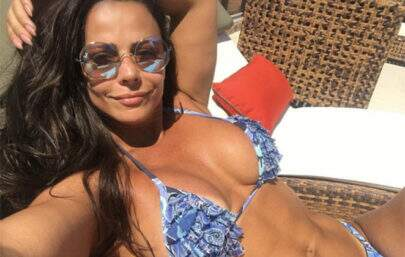 A cintura de Viviane Araújo está chocando os seguidores