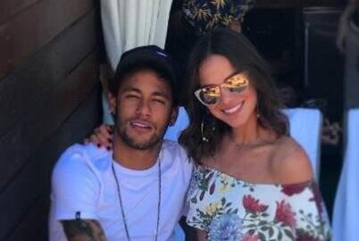 Famosa vidente afirma que Bruna Marquezine não casará com Neymar