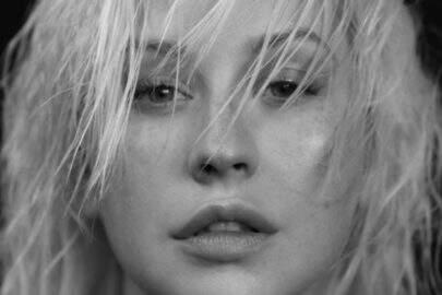 """Após 6 anos de espera, está liberado o novo álbum de Christina Aguilera: """"Liberation"""""""