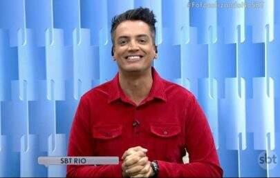 """Leo Dias divulga foto polêmica de Mara Maravilha e é afastado do """"Fofocalizando"""""""