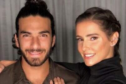 Deborah Secco e Hugo Moura posam nus em capa de revista
