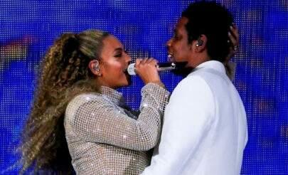 """Gêmeos nas fotos da """"On The Run II"""" não são os filhos de Beyoncé e Jay-Z"""