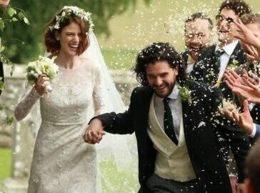 """Estrelas de """"Game of Thrones"""" se reúnem para casamento de Kit Harington e Rose Leslie"""