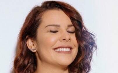 """Fernanda Souza celebra aniversário e Thiaguinho parabeniza: """"Minha companheira da vida"""""""