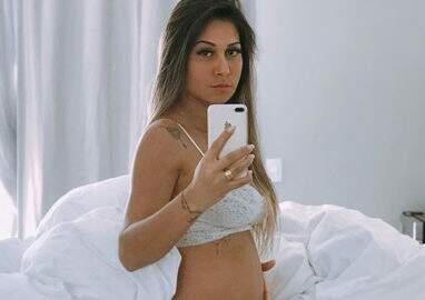 Após falar que não quer que peguem em sua barriga, Mayra Cardi responde críticas