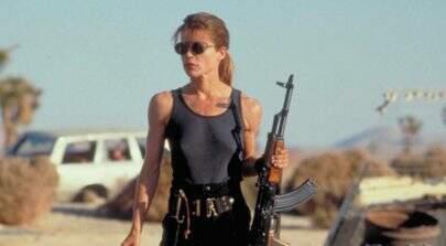 """Linda Hamilton está de volta como Sarah Connor no set do novo """"O Exterminador do Futuro"""""""