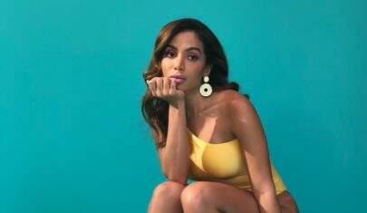 """Anitta divulga mais detalhes de seus novos singles """"Veneno"""" e """"Medicina"""""""