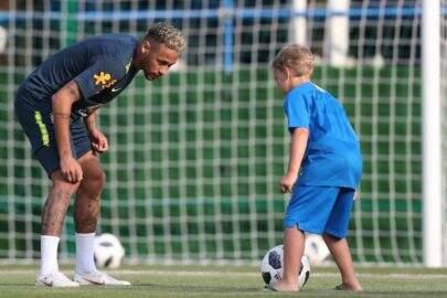 """Davi Lucca manda recado para Neymar antes das quartas de final: """"Vai fazer um gol"""""""