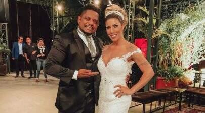 De surpresa, Tati Minerato se casa com Marcelo Galatico em São Paulo