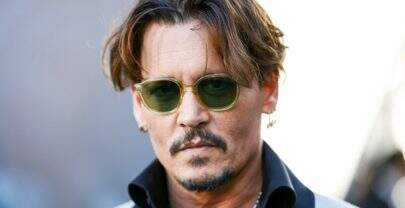 Johnny Depp é processado por agredir membro da equipe denovo filme