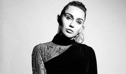 Miley Cyrus apaga todas as fotos das redes sociais e fãs criam expectativa de novo projeto