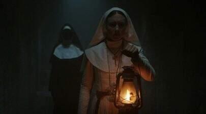 """Diretor de """"A Freira"""" afirma ter visto fantasmas enquanto gravava o filme"""