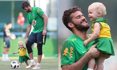 Goleiro Alisson mostra momento fofo com a filha e encanta fãs