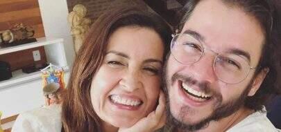 """Curtindo as férias, Fátima Bernardes ganha declaração de Túlio Gadêlha: """"Volta logo"""""""