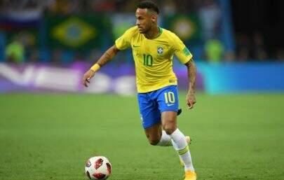 Neymar surpreende e se pronuncia de forma inusitada sobre suas quedas em campo