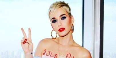 """Katy Perry revela depressão em sua atual turnê: """"Público não reagiu como eu esperava"""""""