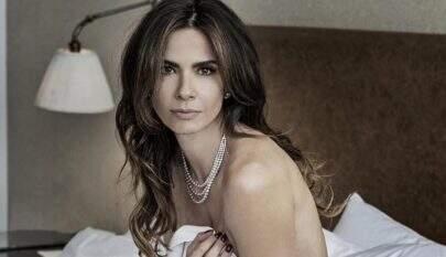 Aos 48 anos, Luciana Gimenez surge nua em ensaio sensual e fascina seguidores