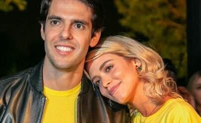 Noiva de Kaká impressiona pelo corpão em foto no Iate