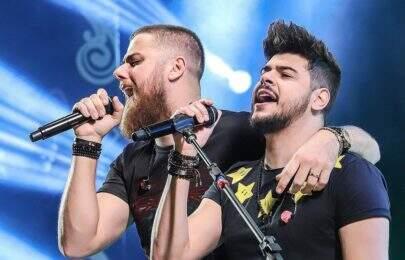 """Zé Neto & Cristiano liberam vídeo de """"Esquece o Mundo Lá Fora"""""""