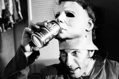 Ator recria sua própria foto de Michael Myers 40 anos depois