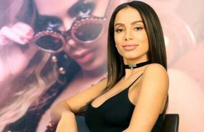 Anitta revela que está fazendo tratamento após descobrir hérnia de disco