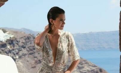 """Bruna Marquezine posa de biquíni nude e fãs elogiam: """"Verdadeira Deusa grega"""""""