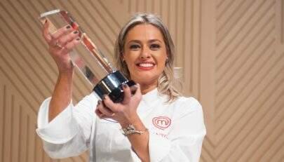 Após críticas, vencedora do Masterchef diz que a odeiam por ela ser bonita
