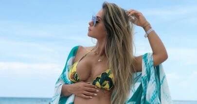 Na reta final da gravidez, Mayra Cardi exibe barriga e revela ter engordado 7 kg