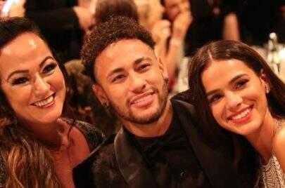 Mãe de Neymar é só elogios com Bruna Marquezine em declaração de aniversário