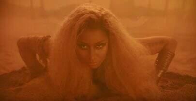 """Nicki Minaj comemora boas críticas do seu novo álbum: """"Matariam por isso"""""""