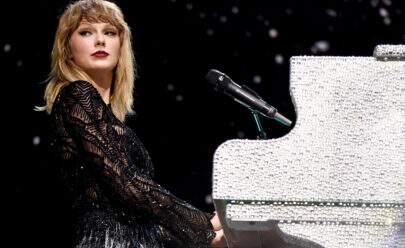 Taylor Swift diz ouvir passos no palco durante show e assusta seus fãs