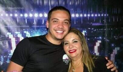 """Após julgamento de pensão, mãe de Wesley Safadão detona Mileide: """"Dá uma de inocente"""""""