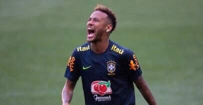 """Look inusitado de Neymar chama atenção e Bruna Marquezine comenta: """"Pelo amor de Deus"""""""