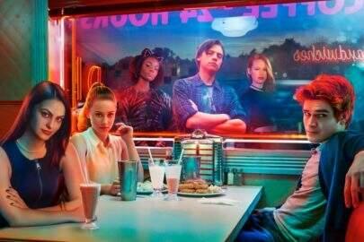 """Ator de """"Riverdale"""" revela que protagonista morre na nova temporada"""