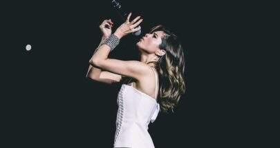 """Selena Gomez ultrapassa 300 milhões de visualizações com o clipe de """"Slow Down"""""""